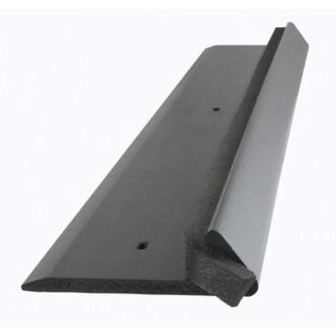 EDPM QUICKTRIM CHECK KERB BLACK 2.5M