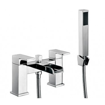 VICTORIA BATH SHOWER MIXER WITH WALL BRACKET